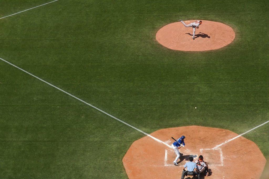 /wireless-umpire-communication-system-for-baseball/
