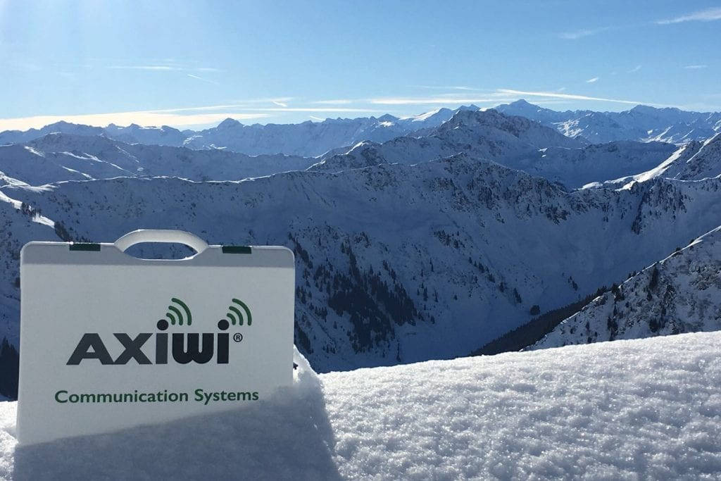 /wireless-communication-system-snowboarding-disabled-visual-nvsv-axiwi